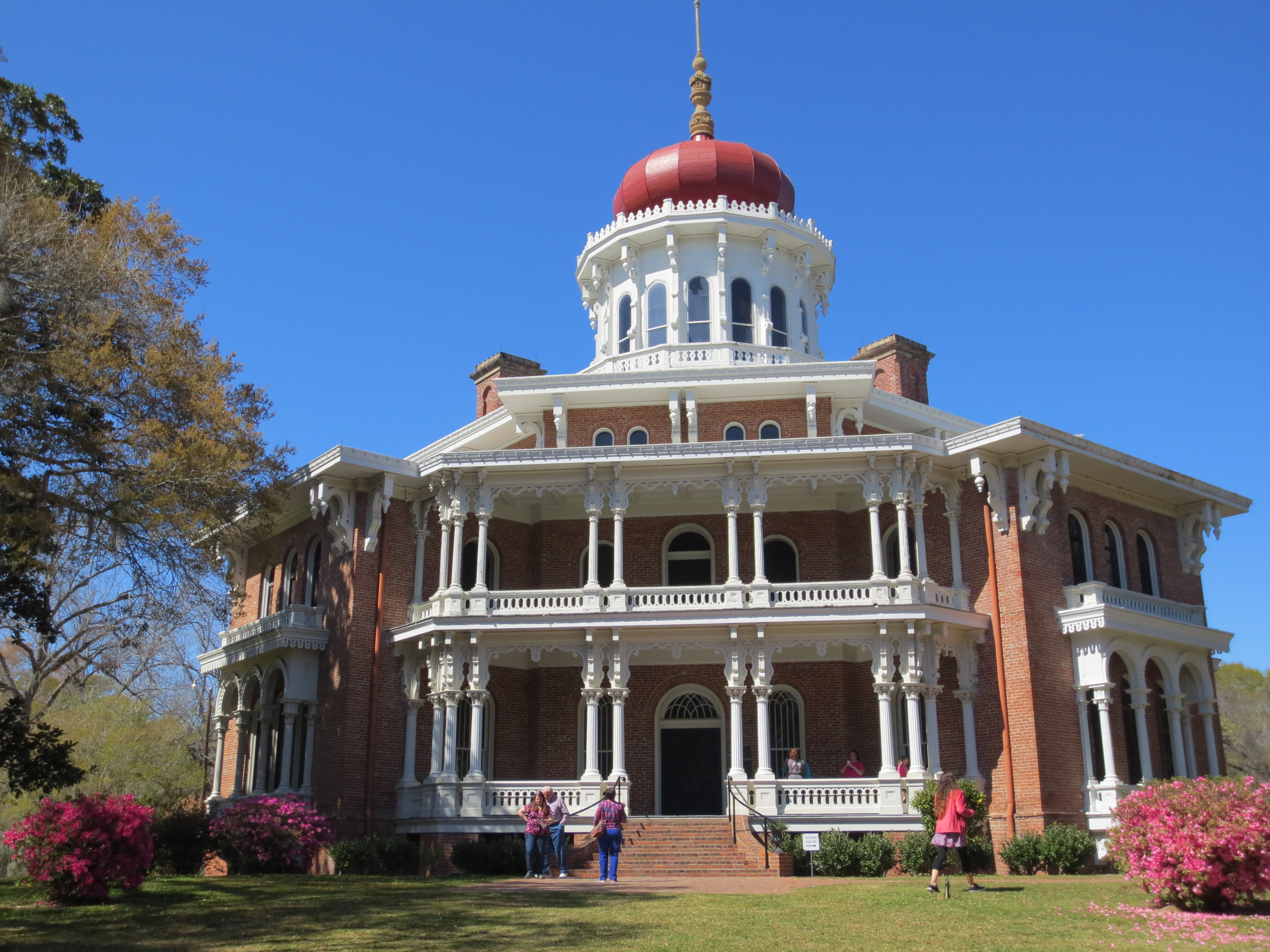 Natchez mississippi beginning or end the texas rambler for Longwood house