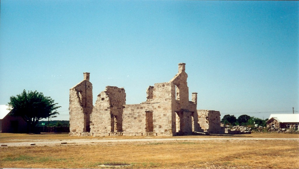 Officer's quarters ruins at Ft. McKavett.