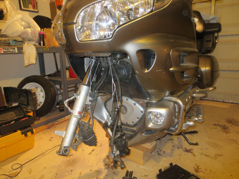Honda Goldwing, left fork removed